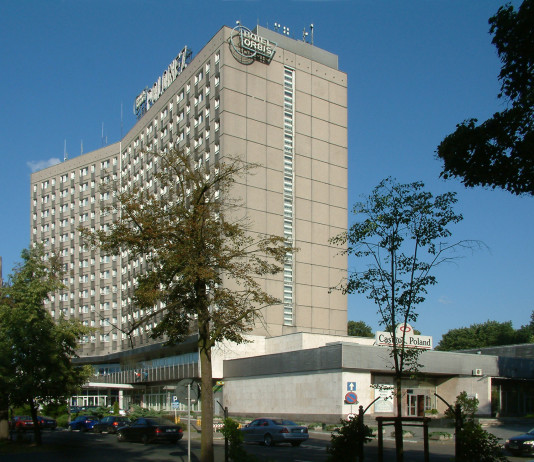 Hotel Polonez przy ulicy Lutyckiej